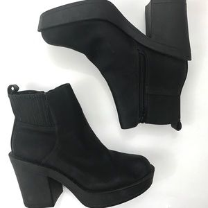 30adcd211369 ASOS Shoes - ASOS Enchanter Chunky Ankle Boots